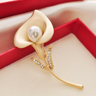 2019 autumn and winter new simple light luxury style brooch creative flower shape brooch wholesale in stock