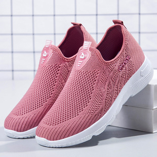 Women's shoes autumn breathable soft bottom old Beijing cloth shoes couple flying woven mesh shoes middle-aged and elderly one-step walking shoes