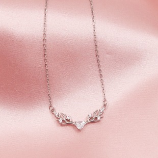 【Pauline】s925 sterling silver Korean version Christmas European and American ornaments Yilu has you cold wind simple necklace female