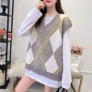 New vest sleeves V-neck diamond check vest girls trend vest 2021 spring and autumn loose outer sweater women's clothing
